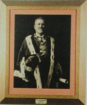Sir Charles J B Norwood, Mayor