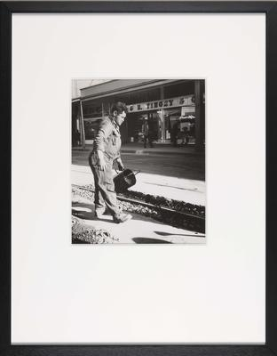 Road Worker, Manners Mall, Wellington; ART00617